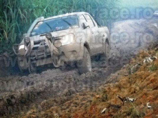 chingi tractare autovehicule remorcare 7 tone echingi.ro Total Race9