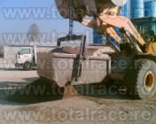 Cupa de beton pentru macara cu jgeab metalic echingi.ro