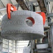 Clesti reglabili pentru ridicare tuburi si inele din beton